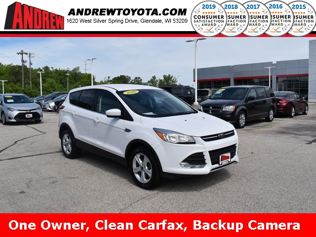 Stock #: TP1541 White 2016 Ford Escape SE 4D Sport Utility in Milwaukee, Wisconsin 53209