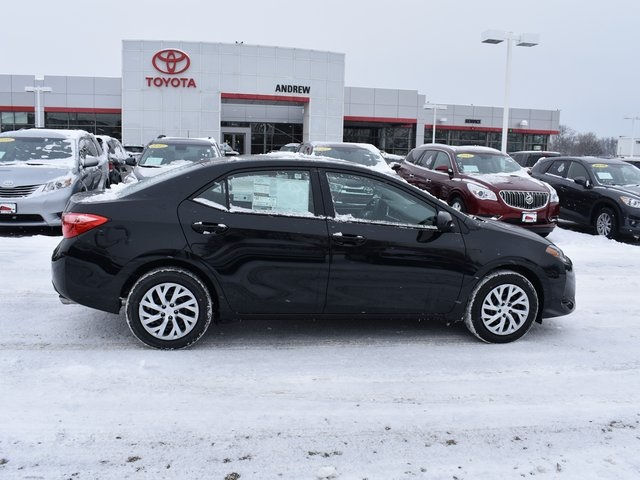 New 2019 Toyota Corolla Le 4d Sedan In Milwaukee 37519 Andrew Toyota