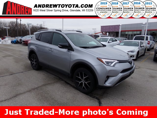 Stock #: TP1272 SILVER ME 2017 Toyota RAV4 SE 4D Sport Utility in Milwaukee, Wisconsin 53209