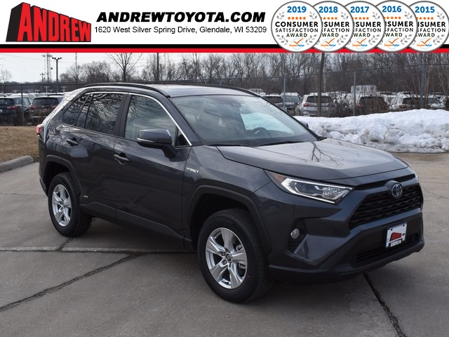 Stock #: 39260 Magnetic Gray Metallic 2020 Toyota RAV4 Hybrid XLE 4D Sport Utility in Milwaukee, Wisconsin 53209