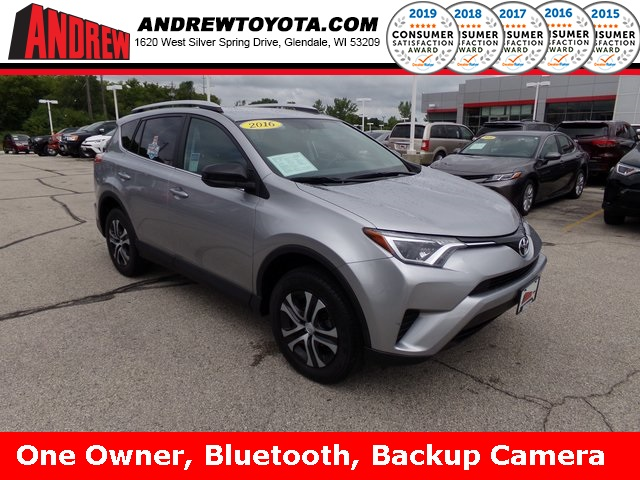 Stock #: TP9989 Silver 2016 Toyota RAV4 LE 4D Sport Utility in Milwaukee, Wisconsin 53209