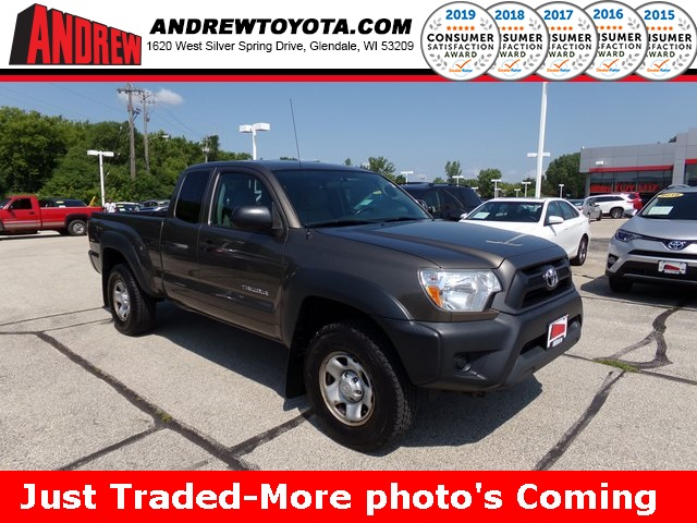 Stock #: TP9958 Red 2016 Toyota Tacoma TRD Sport 4D Double Cab in Milwaukee, Wisconsin 53209