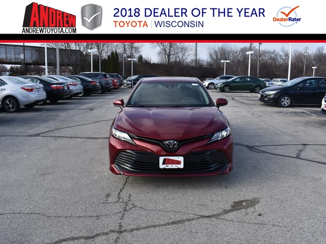 New 2019 Toyota Camry Le 4d Sedan In Milwaukee 37487 Andrew Toyota