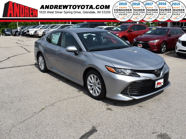Stock #: 38284 Silver 2019 Toyota Camry LE 4D Sedan in Milwaukee, Wisconsin 53209
