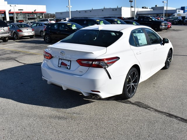 New 2019 Toyota Camry Se 4d Sedan In Milwaukee 37255 Andrew Toyota