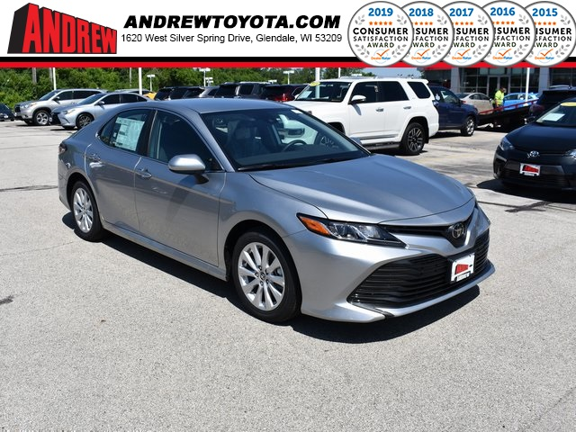 Stock #: 38207 Silver 2019 Toyota Camry LE 4D Sedan in Milwaukee, Wisconsin 53209