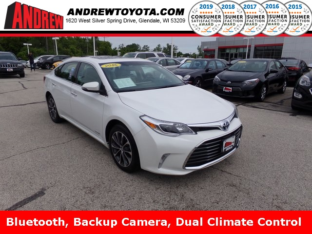 Stock #: 38103A White 2016 Toyota Avalon Hybrid XLE Plus 4D Sedan in Milwaukee, Wisconsin 53209