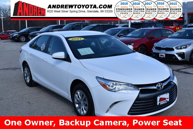 Stock #: TL1418 White 2017 Toyota Camry LE 4D Sedan in Milwaukee, Wisconsin 53209