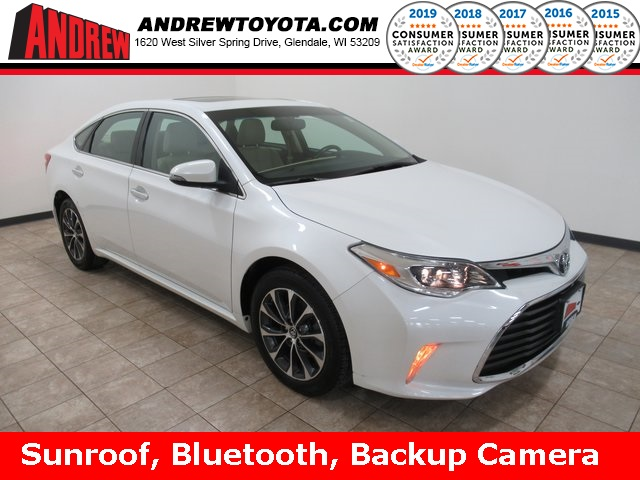 Stock #: TP1187 White 2016 Toyota Avalon XLE 4D Sedan in Milwaukee, Wisconsin 53209