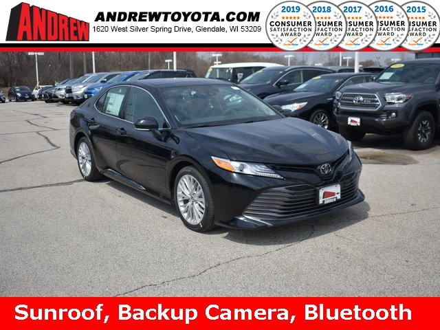 stock 37716 black 2019 toyota camry xle 4d sedan in milwaukee wisconsin 53209