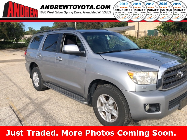 Stock #: 38408A Silver 2008 Toyota Sequoia SR5 4D Sport Utility in Milwaukee, Wisconsin 53209