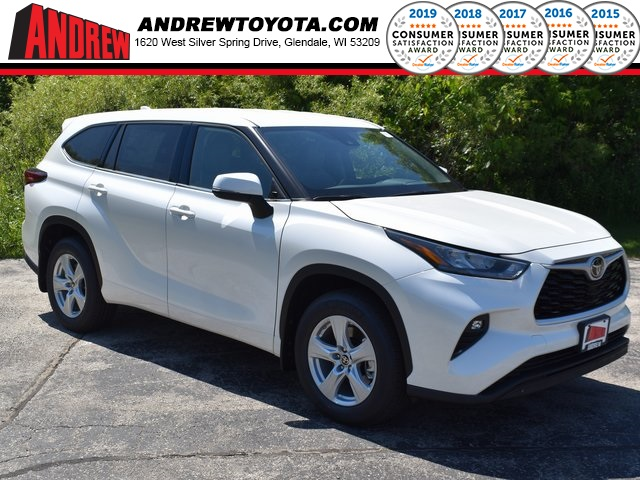 Stock #: 39572 Blizzard Pearl [extra_cost_color] 2020 Toyota Highlander LE 4D Sport Utility in Milwaukee, Wisconsin 53209
