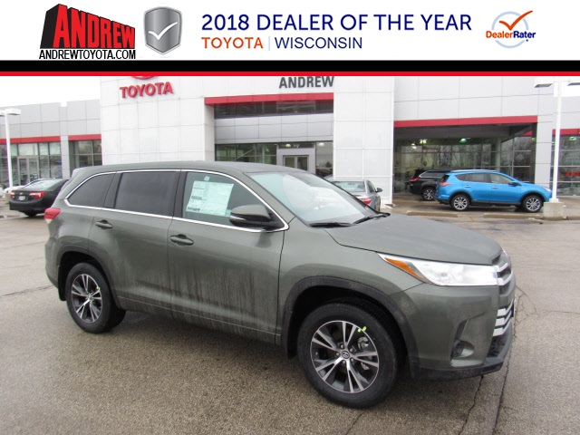 New 2018 Highlander LE AWD