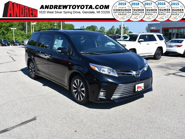 Stock #: 38096 Midnight Black Metallic 2020 Toyota Sienna Limited Premium 4D Passenger Van in Milwaukee, Wisconsin 53209