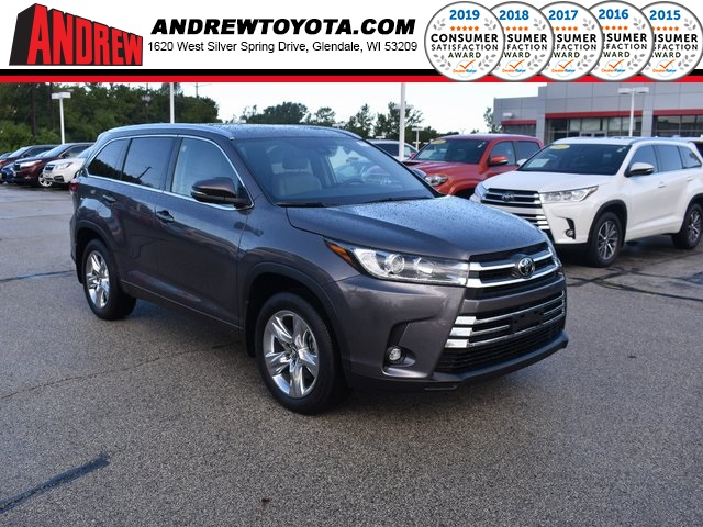 Stock #: 38538 Predawn Gray Mica 2019 Toyota Highlander Limited 4D Sport Utility in Milwaukee, Wisconsin 53209