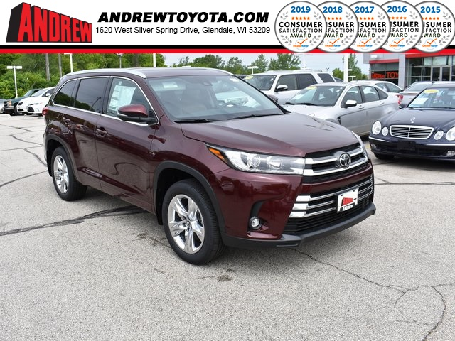 Stock #: 38058 Ooh La La Rouge Mica 2019 Toyota Highlander Limited 4D Sport Utility in Milwaukee, Wisconsin 53209