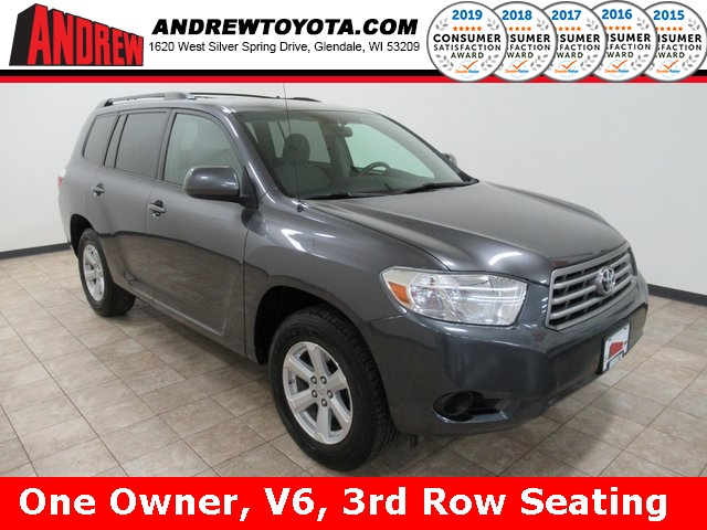 Stock #: 39125A Gray 2010 Toyota Highlander Base 4D Sport Utility in Milwaukee, Wisconsin 53209