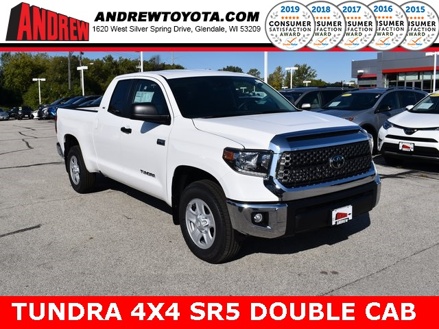 Stock #: 38691 Super White 2020 Toyota Tundra SR5 4D Double Cab in Milwaukee, Wisconsin 53209