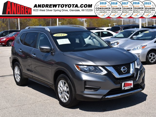 Stock #: TP1471 Gray 2017 Nissan Rogue SV 4D Sport Utility in Milwaukee, Wisconsin 53209