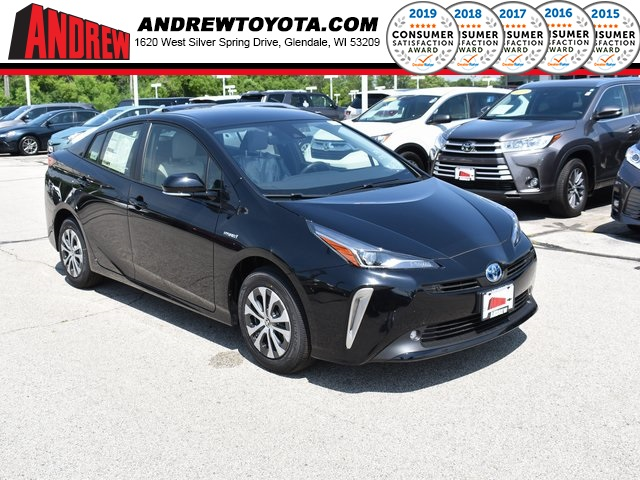 Stock #: 38149 Black 2019 Toyota Prius LE AWD-e 5D Hatchback in Milwaukee, Wisconsin 53209
