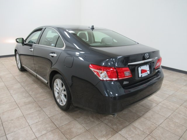 Pre-Owned 2011 Lexus ES 350 4D Sedan In Milwaukee #TP1391