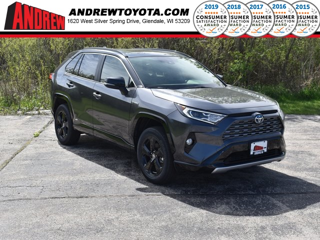 Stock #: 39242 Magnetic Gray Metallic / Midnight Black Metallic 2020 Toyota RAV4 Hybrid XSE 4D Sport Utility in Milwaukee, Wisconsin 53209