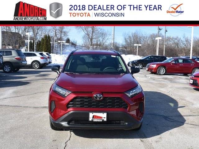 Stock #: 37520 Red 2019 Toyota RAV4 LE 4D Sport Utility in Milwaukee, Wisconsin 53209