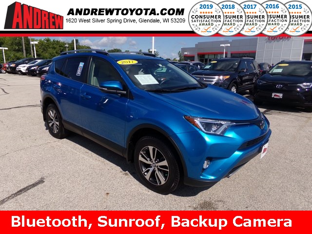 Stock #: 38086A Blue 2017 Toyota RAV4 XLE 4D Sport Utility in Milwaukee, Wisconsin 53209