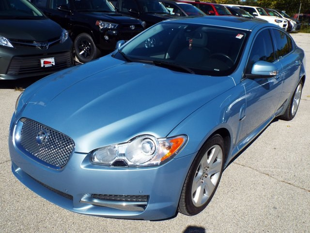 Stock #: TP9457 Blue 2009 Jaguar XF Luxury 4D Sedan In Milwaukee, Wisconsin  53209