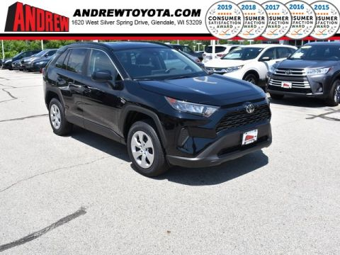 Stock #: 38197 Black 2019 Toyota RAV4 LE 4D Sport Utility in Milwaukee, Wisconsin 53209