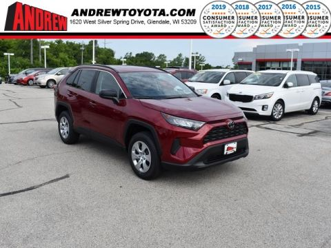 Stock #: 38209 Red 2019 Toyota RAV4 LE 4D Sport Utility in Milwaukee, Wisconsin 53209