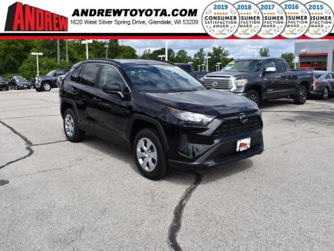 Stock #: 38244 Black 2019 Toyota RAV4 LE 4D Sport Utility in Milwaukee, Wisconsin 53209