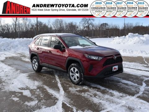 Stock #: 39077 Ruby Flare Pearl [extra_cost_color] 2020 Toyota RAV4 LE 4D Sport Utility in Milwaukee, Wisconsin 53209