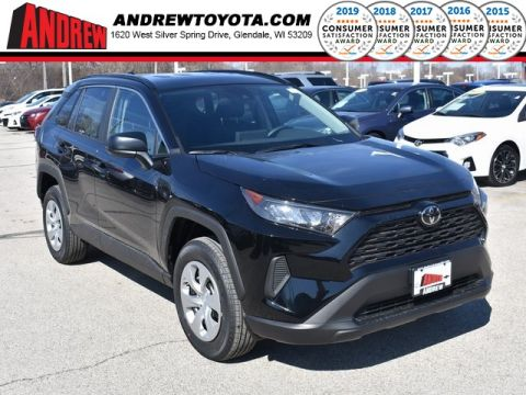 Stock #: 37662 Black 2019 Toyota RAV4 LE 4D Sport Utility in Milwaukee, Wisconsin 53209