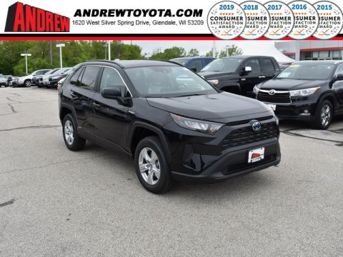 Stock #: 38019 Black 2019 Toyota RAV4 Hybrid LE 4D Sport Utility in Milwaukee, Wisconsin 53209