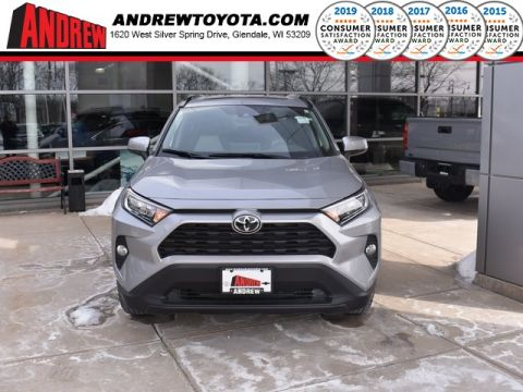 Stock #: 37578 Silver 2019 Toyota RAV4 XLE 4D Sport Utility in Milwaukee, Wisconsin 53209