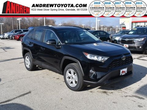 Stock #: 38939 Midnight Black Metallic 2020 Toyota RAV4 XLE 4D Sport Utility in Milwaukee, Wisconsin 53209