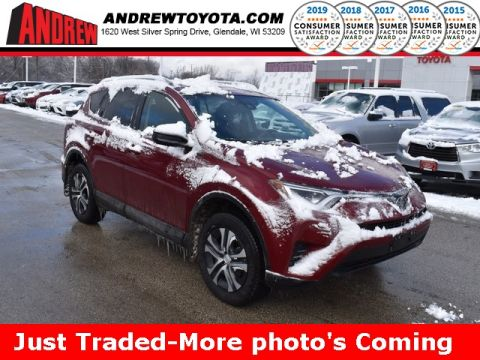 Stock #: 39062A RUBY FLARE PEARL 2018 Toyota RAV4 LE 4D Sport Utility in Milwaukee, Wisconsin 53209