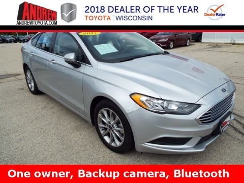 Stock #: TP9444 Silver 2017 Ford Fusion SE 4D Sedan in Milwaukee, Wisconsin 53209