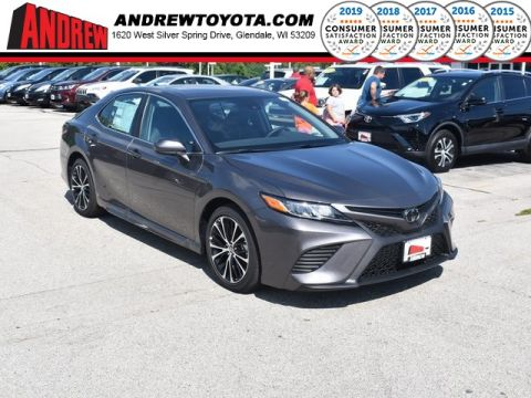 Stock #: 38237 Predawn Gray Mica 2019 Toyota Camry SE 4D Sedan in Milwaukee, Wisconsin 53209