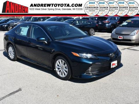 Stock #: 37789 Blue 2019 Toyota Camry LE 4D Sedan in Milwaukee, Wisconsin 53209