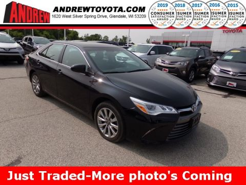 Stock #: TP9937 Black 2016 Toyota Camry XLE 4D Sedan in Milwaukee, Wisconsin 53209