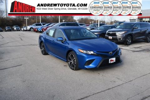 Stock #: 38891 Blue Streak Metallic 2020 Toyota Camry SE 4D Sedan in Milwaukee, Wisconsin 53209