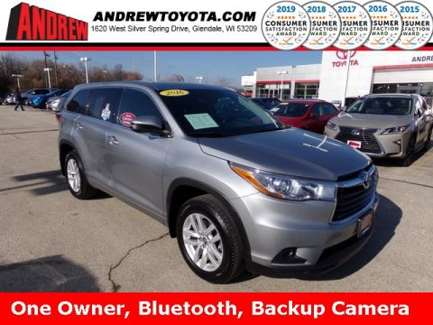 Stock #: TP1171 SILVER ME 2016 Toyota Highlander LE V6 4D Sport Utility in Milwaukee, Wisconsin 53209