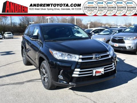 Stock #: 37030 Black 2019 Toyota Highlander LE Plus 4D Sport Utility in Milwaukee, Wisconsin 53209
