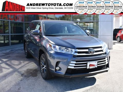 Stock #: 37059 Blue 2019 Toyota Highlander LE Plus 4D Sport Utility in Milwaukee, Wisconsin 53209