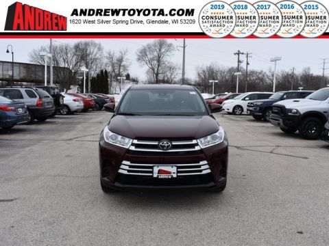 Stock #: 37530 Red 2019 Toyota Highlander LE 4D Sport Utility in Milwaukee, Wisconsin 53209
