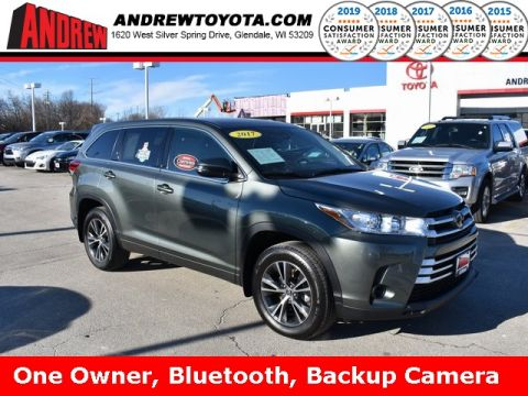 Stock #: 38768A ALUMINA JADE METAL 2017 Toyota Highlander LE 4D Sport Utility in Milwaukee, Wisconsin 53209