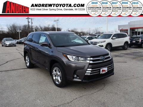 Stock #: 37433 Gray 2019 Toyota Highlander Hybrid Limited 4D Sport Utility in Milwaukee, Wisconsin 53209