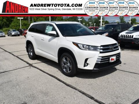 Stock #: 38308 White 2019 Toyota Highlander Limited Platinum 4D Sport Utility in Milwaukee, Wisconsin 53209